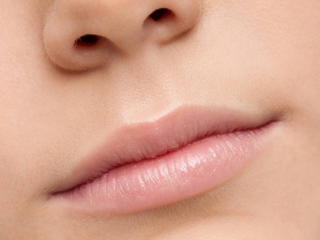 How to Keep Your Lips Beautiful